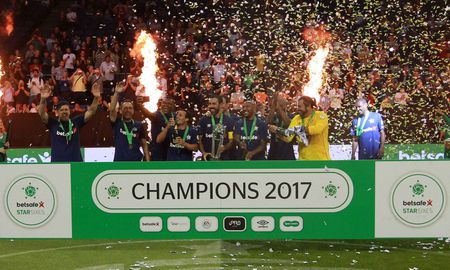Huyen thoai Phap vo dich, Brazil tham bai 3-11 truoc Tay Ban Nha - Anh 5