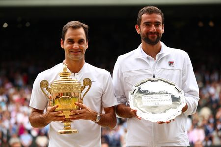 Chung ket Wimbledon: Federer vo dich nhu mo, Cilic bat khoc giua tran - Anh 10
