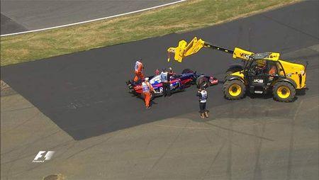Dua xe F1, British GP: Suc manh tuyet doi, khong the can pha - Anh 2