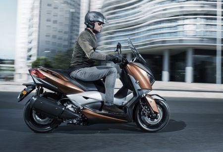 Xe ga Yamaha X-Max 400 'chot gia' 163 trieu dong - Anh 4