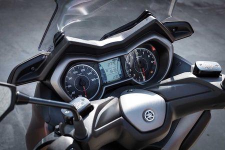 Xe ga Yamaha X-Max 400 'chot gia' 163 trieu dong - Anh 6