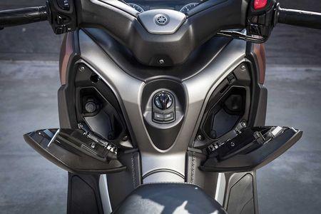 Xe ga Yamaha X-Max 400 'chot gia' 163 trieu dong - Anh 7