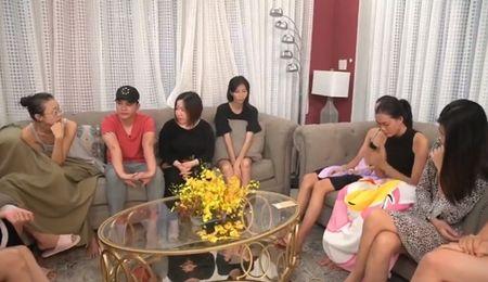 Ban to chuc bac bo chuyen Hong Xuan bi Nguyen Hop danh gay mui - Anh 3