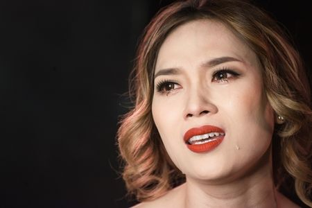 4 diem khien MV cua My Tam moi ra da 'gay bao' - Anh 2