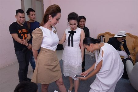 Doan Trang: Nhac cua Son Tung rat kho hat - Anh 4