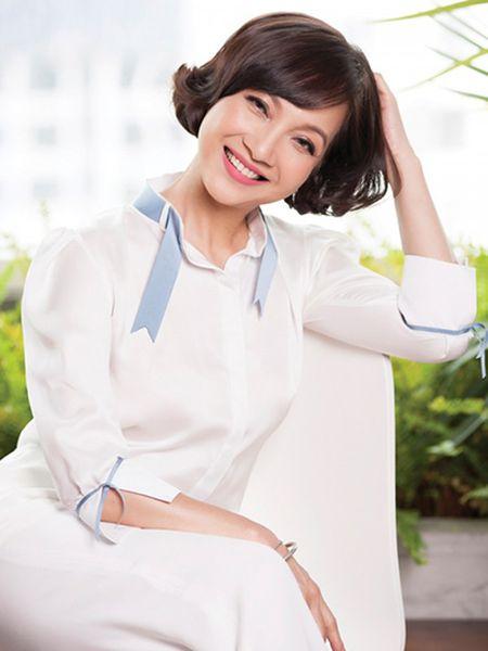 Nhan sac Nghe si Nhan dan Le Khanh qua thoi gian - Anh 9