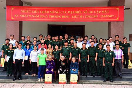 Tong cuc Hau can gap mat thuong binh, than nhan liet si, nguoi co cong khu vuc phia Nam - Anh 1