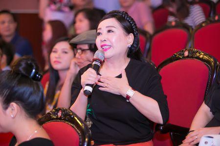 NSND Thu Hien bat ngo khi hoc tro dua nhac pop, jazz vao dan ca - Anh 2