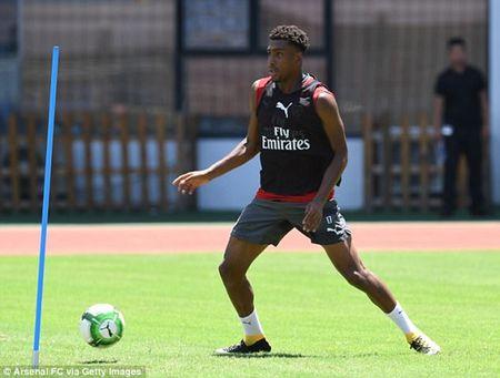 Chum anh: Dan sao Arsenal kho so vi nang nong trong tour du dau chau A - Anh 7