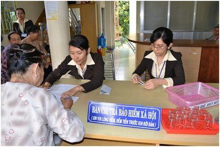 Dong BHXH 13 nam 8 thang, duoc huong BHXH mot lan bao nhieu? - Anh 1