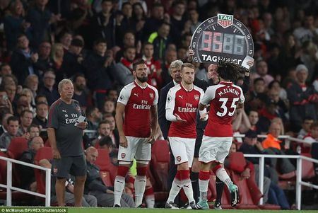 Arsenal ha Leicester sau 'con mua ban thang' o ngay khai mac - Anh 4
