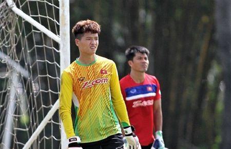 U22 Viet Nam nhan hung tin tu tru cot truoc them SEA Games - Anh 1