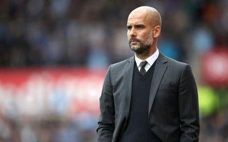 Man City khong vo dich, loi la o Pep Guardiola - Anh 1