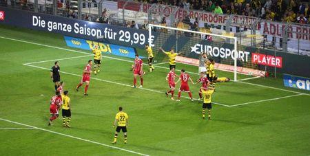 20h30 ngay 12/08, Rielasingen-Arlen vs Dortmund: Ngay hoi tung bung, chu nha dai khach - Anh 2