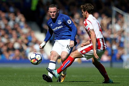 Everton - Stoke: Rooney tung bung ky luc 4.869 ngay - Anh 1