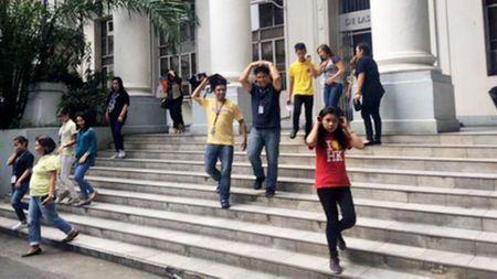 Philippines: So tan dan vi dong dat manh - Anh 1