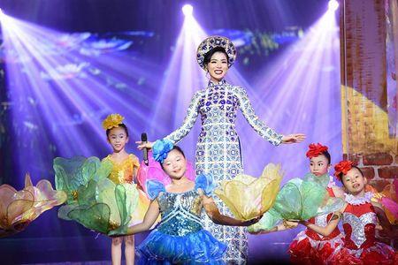 Le Quyen - Quang Dung to chuc le cuoi tai Ha Noi - Anh 8