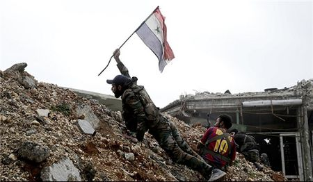 Quan doi Syria tan cong IS, giai phong khu vuc trong yeu o tinh Sweida - Anh 2