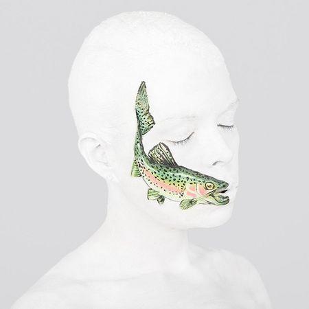 Nhung tac pham body-painting 'dinh cao' khien ban cang mat phan biet - Anh 9