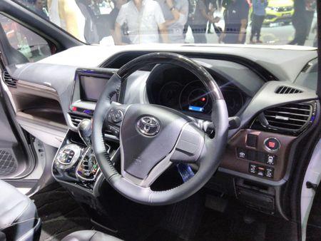 Phien ban gia re cua Toyota Alphard chinh thuc ra mat - Anh 8