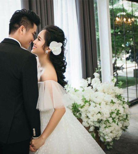 Sau dam cuoi lan 2, Le Phuong bat ngo xuong sac - Anh 1