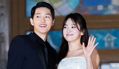 "Fan Malaysia ""dong nhu kien"", gay nao loan vi don Song Joong Ki, So Ji Sub - Anh 8"