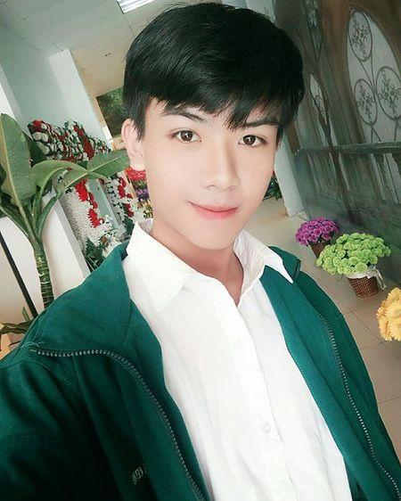 Cau ban Gia Lai chung minh da dep trai thi chup goc nao cung dep chang can phai dien sau, lam mau - Anh 7