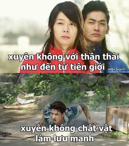 Nhung tinh huong 'troi oi dat hoi' khi xuyen khong cua phim Han - Anh 1