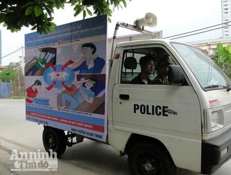 Lanh dao TP Ha Noi kiem tra cong tac chong sot xuat huyet o diem nong Ha Dong - Anh 6