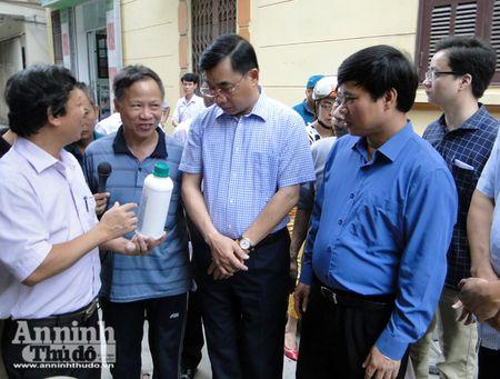 Lanh dao TP Ha Noi kiem tra cong tac chong sot xuat huyet o diem nong Ha Dong - Anh 7