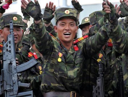 Vuot Nga, Trieu Tien ra mat sung truong cong nghe manh sanh ngang My - Anh 1