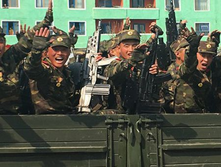 Vuot Nga, Trieu Tien ra mat sung truong cong nghe manh sanh ngang My - Anh 4