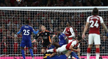 Arsenal va cuoc ruot duoi nghet tho tran khai mac Premier League - Anh 1