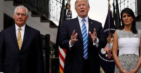 Ong Trump doa can thiep quan su vao Venezuela - Anh 1