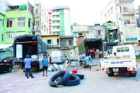 """Hau vu an Pham Cong Danh """"rut ruot"""" Ngan hang Xay dung (VNCB): Pha bo san van dong Chi Lang de xay 8 cao oc 33 tang - Anh 6"""