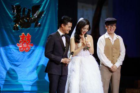 Le Quyen e then lam dam cuoi voi Quang Dung tren san khau Mua thu vang - Anh 7