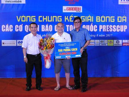 Be mac Press Cup 2017: Dai Truyen hinh Viet Nam vo dich, Bao Phap luat Viet Nam gianh giai phong cach - Anh 4