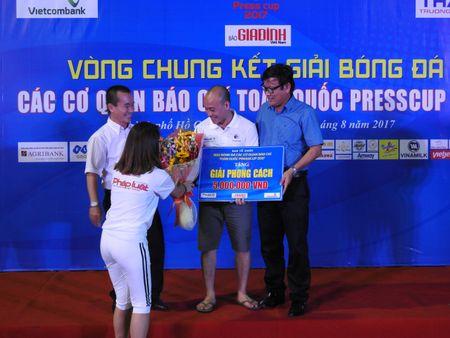 Be mac Press Cup 2017: Dai Truyen hinh Viet Nam vo dich, Bao Phap luat Viet Nam gianh giai phong cach - Anh 5