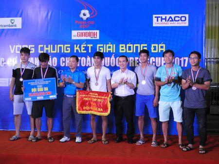 Be mac Press Cup 2017: Dai Truyen hinh Viet Nam vo dich, Bao Phap luat Viet Nam gianh giai phong cach - Anh 7