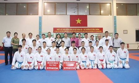 Tuyen karatedo duoc ho tro 105 trieu dong dong vien tinh than - Anh 2