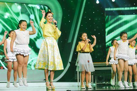 VN Idol Kids 2017: Thien Khoi dang quang voi luot binh chon ap dao - Anh 5
