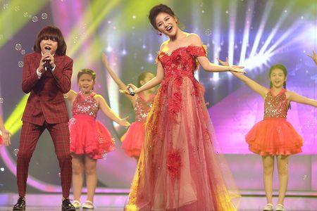 VN Idol Kids 2017: Thien Khoi dang quang voi luot binh chon ap dao - Anh 7