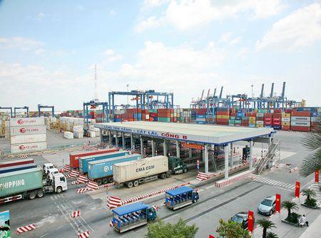Hon 200 container hang hoa bien mat bi an: Bo Cong an vao cuoc - Anh 1