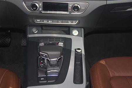Audi Q5 the he moi gia tu 2 ty tai Viet Nam - Anh 9