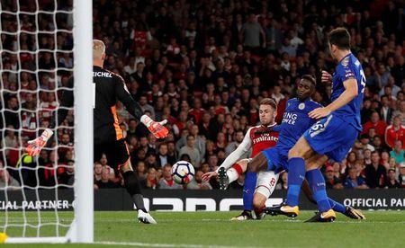 Arsenal vs Leicester (4-3): Nguoc dong ngoan muc - Anh 37