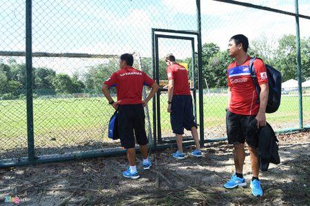 Huu Thang va hoc tro gap kho lien tiep truoc SEA Games 29 - Anh 3