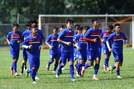 Huu Thang va hoc tro gap kho lien tiep truoc SEA Games 29 - Anh 9