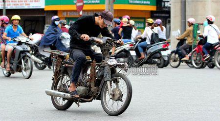Ho tro dan doi xe may cu nat: Bo Tai chinh lo khong kha thi - Anh 1