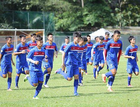 Chac suat SEA Games, Cong Phuong, Tuan Anh cuoi tit mat - Anh 1