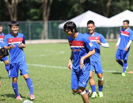 Chac suat SEA Games, Cong Phuong, Tuan Anh cuoi tit mat - Anh 3